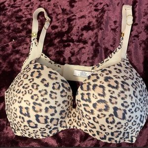 Authentic INCREDIBLE BY VICTORIA'S SECRET PUSH-UP BRA
